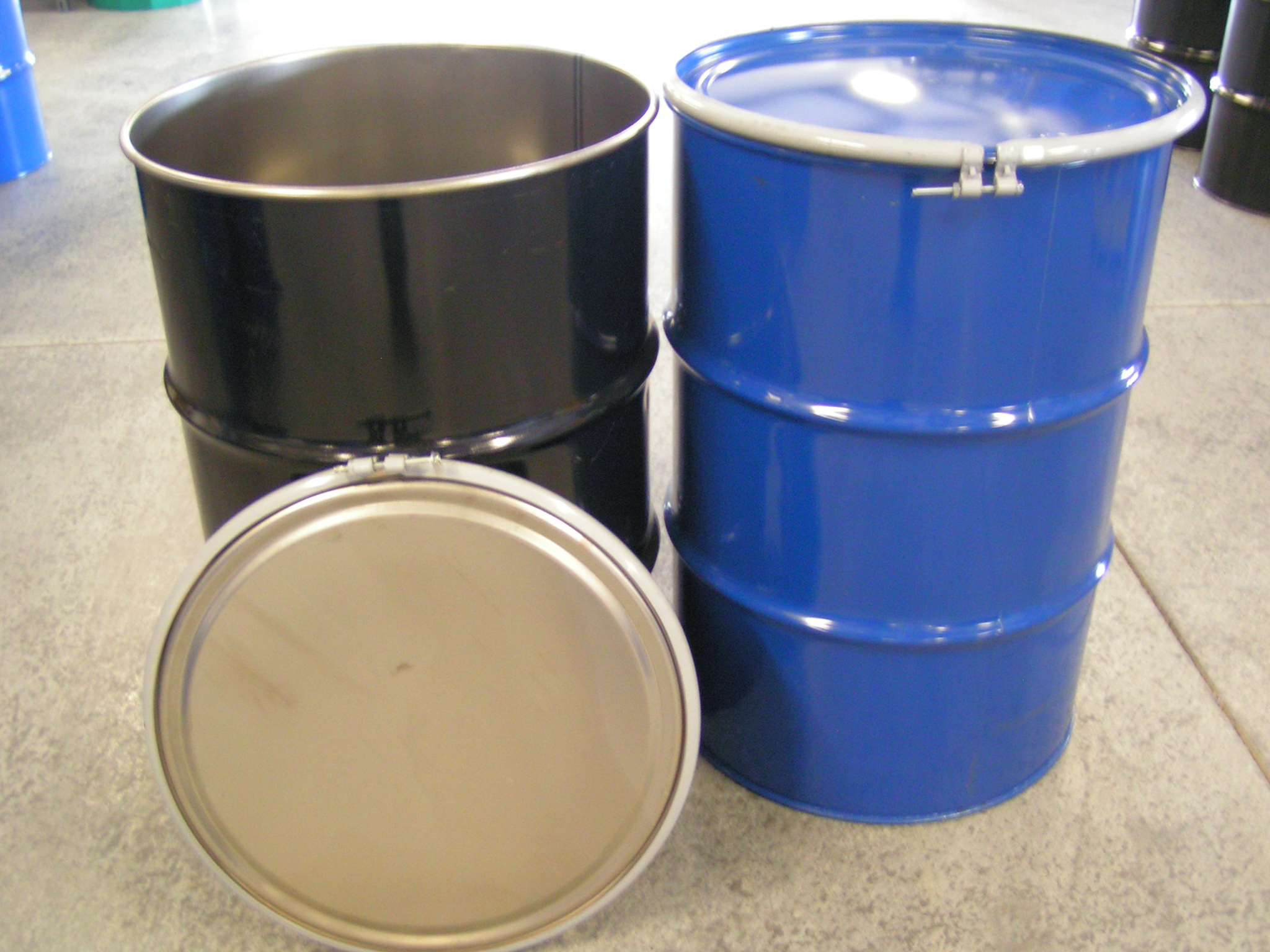 New steel drums new metal drums in 55 gallon size new for Metal 55 gallon drum